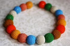 I love this crochet bead necklace and never stop wearing it when I am out. Get the Beads Necklace Crochet Pattern here on how to make it. Bracelet Crochet, Crochet Necklace Pattern, Crochet Beaded Necklace, Crochet Jewelry Patterns, Beaded Necklace Patterns, Crochet Accessories, Necklace Designs, Crochet Ball, Thread Crochet