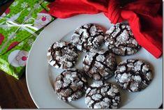 Chocolate cake mix ideas crinkle cookies ideas for 2019 Crinkle Cookies Cake Mix, Chocolate Cake Mix Cookies, Chocolate Crinkles, Chocolate Cookie Recipes, Mint Chocolate Chips, Köstliche Desserts, Delicious Desserts, Yummy Food, Dessert Recipes