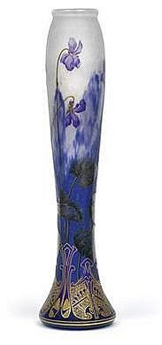 Vase decorated with violets, Daum, Nancy, c. 1905~1914  I just discovered this glass artist and have fallen in love with his work.  Isn't it lovely...