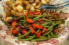 Green Beans with Caramelized Onions and Peppers- an easy way to fancy up green beans