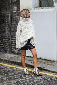 Oversized Jumpers: 5 Stylish Takes On The Coziest Trend