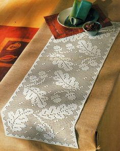 crochet home: table runner fillet crochet