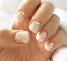 Nail art is a very popular trend these days and every woman you meet seems to have beautiful nails. It used to be that women would just go get a manicure or pedicure to get their nails trimmed and shaped with just a few coats of plain nail polish. Bride Nails, Prom Nails, Long Nails, Short Gel Nails, Nail Lacquer, Nail Polish, Nail Nail, Top Nail, Cute Nails