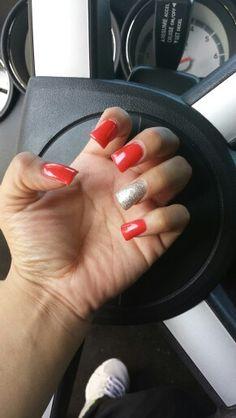 Sinful #red #acrylicnails #nailaddiction #girlswillbegirls #glitter nail♡