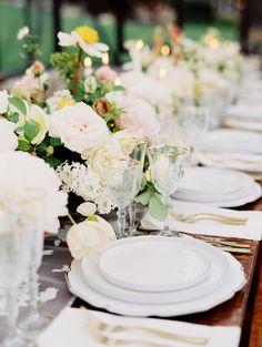 Elegant al fresco table decor: http://www.stylemepretty.com/little-black-book-blog/2016/11/21/elegant-mountain-vineyard-wedding-inspiration/ Photography: Rebecca Hollis - http://www.rebeccahollisphotography.com/