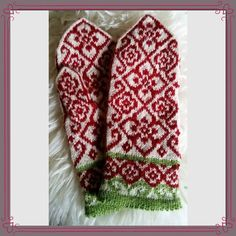 Ravelry: Elly mittens by JennyPenny