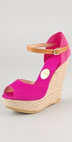 loving these espadrille wedges from Ras!