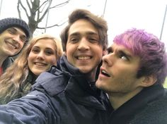 awsten's face is a pure reaction image<<< lmao tag yourself i'm otto<<<I'm awsten <<< I'm Geoff's nose ring Geoff Wigington, Waterparks Band, Awsten Knight, Rainbow Aesthetic, Fall Out Boy, My Chemical Romance, Playing Guitar, Cool Bands, Music Artists