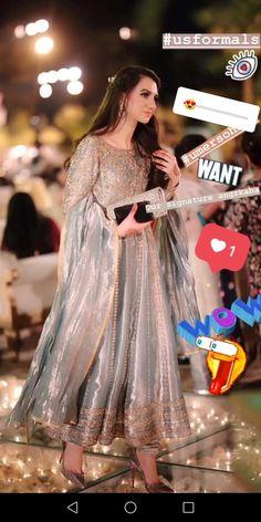 38 Ideas For Dress Formal Pakistani Walima Dress, Pakistani Formal Dresses, Pakistani Dress Design, Indian Dresses, Indian Outfits, Dress Formal, Shadi Dresses, Mehndi Dress, Stylish Dresses