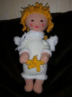 angel mod made by Brit S. / based on a lalylala crochet pattern