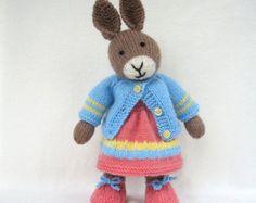 Jenny and Jolly Dollies doll knitting pattern por dollytime