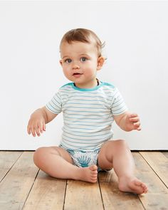 brokentricycle👀 Oh and those eyes 👀 You know how much we love simple stripes. What can I say, with this little one, they have never looked so good! #summer #simplestripes #casting #babystyle #infantstyle #camillenuttall #infant #infantstyle #babyclothes #babywear #shopbaby #organiccotton shop www.brokentricycle.com
