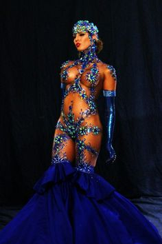 Now that's what you call a costume! The amazing Carmen Carrera.
