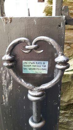 """""""Lass etwas Platz in deinem Herzen für das Unvorstellbare."""" Mary Oliver - street urban guerilla art sticker aufkleber poesie"""