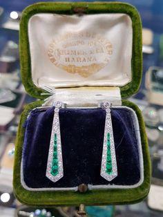 High Jewelry, Jewelry Box, Jewellery, Edwardian Jewelry, Vintage Jewelry, Colombian Emeralds, Earring Set, Diamond Cuts, Art Nouveau