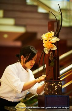 Chocolate sculpture by Jiemin Aw of the NZ Pastry team at #nzchocfest 2011.