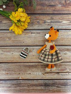 Amigurumi pattern Crochet doll Anigurumi Bella the Fox Crochet Patterns Amigurumi, Crochet Toys, Star Darlings, Fox Pattern, Crochet Animals, Handmade Toys, Crochet Earrings, Tapestry, Dolls