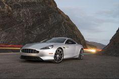 Aston Martin DB9 - Découvrez les accessoires : http://www.automotoboutic.com/tapis-auto-sur-mesure