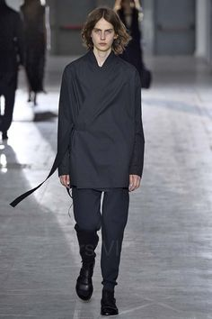 Damir Doma 2016 Damir Doma, Ideias Fashion, Runway, Normcore, Menswear, Mens Fashion, Models, My Style, How To Wear