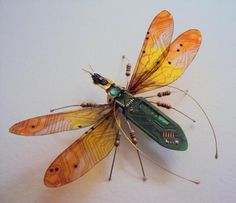 Julie Alice Chappell Creates Amazing Insects and Bugs from Old Computer Circuit Boards l #sculptures