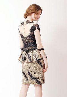 Model Baju Batik Kebaya Lace, Kebaya Brokat, Batik Kebaya, Gaun Dress, Dress Brokat, Blouse Batik, Batik Dress, Mode Batik, Model Kebaya