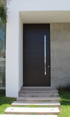 Modern Entrance Door, Main Entrance Door Design, Front Door Design Wood, Modern Front Door, House Entrance, Home Design Decor, Home Door Design, Door Design Interior, Modern House Design