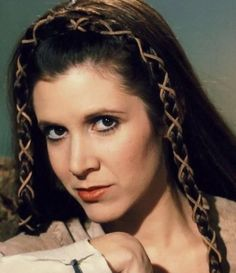 Carrie Fisher as Leia. May the Force be with you, Carrie Fisher. Film Star Wars, Star Wars Cast, Leia Star Wars, Star Trek, Star Wars Characters, Star Wars Episodes, Star Wars Brasil, Carrie Frances Fisher, Carrie Fisher Young