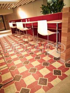 Geist und Gaumen glücklich machen: Teppiche aus #Zementfliesen von Mosáico im Personal-Restaurant der Credit Suisse in Rütliberg bei #Zürich.