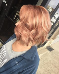 That rose gold tho!!!!!  seriously obsessed with how this turned out! @emilyjeannn thanks soooo much for letting me play my love!!! Always a blast having you in my chair! #rosegold #hairofIG #hairporn #balayage #rosegoldhair