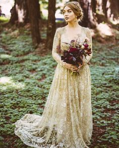 Stunning Enchanted Forest Wedding Dress Gallery Enchanted Forest Wedding Dress - This Stunning Enchanted Forest Wedding Dress Gallery images was upload on October, 31 2019 by admin. Here latest Ench. Green Wedding Dresses, Wedding Dress Types, Wedding Dress Gallery, Western Wedding Dresses, Perfect Wedding Dress, Wedding Gowns, Wedding Dress With Gold, Prom Gowns, Dress Prom