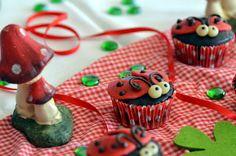 recipe: ladybug cupcakes