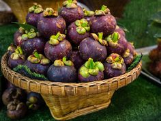The Best Food Markets in the World Beautiful Fruits, Fresh Meat, Exotic Fruit, Food Court, How To Cook Shrimp, How To Make Salad, No Cook Meals, Wine Recipes, A Food