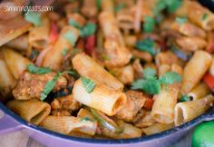 Am drooling at the thought of this one: Fajita Chicken Pasta | Slimming Eats - Slimming World Recipes