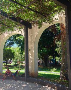 Pérgola en una plaza .Asunción-Paraguay