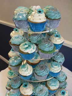Teal/turquoise wedding cupcakes