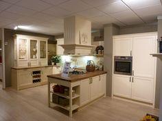 Keukenkampioen - kraaldelen en bovenkastjes