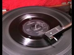 ▶ The Yardbirds - For Your Love + Got To Hurry - 1965 45rpm - YouTube