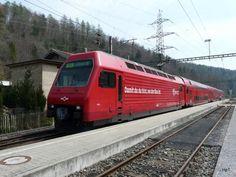 SZU - Lok 456 als regio nach Zürich im Bahnhof Sihlwald am Diesel, Road Train, Bahn, Swiss Railways, Zug, Photo Illustration, Switzerland, Diesel Fuel