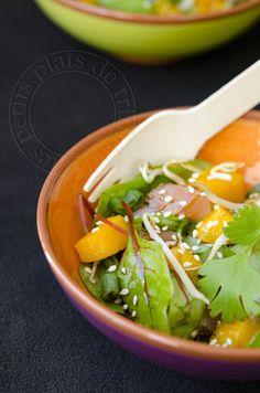 les petits plats de trinidad: Salade colorée, avec de la mangue, de l'avocat, du soja, du saumon mariné, de la coriandre, du sésame...