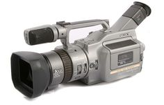 Sony Handycam Mini DV Camcorder Used Vintage Television, Television Set, Sony, Skate And Destroy, Best Camera, Camera Photography, Walkie Talkie, Camcorder, Selling On Ebay