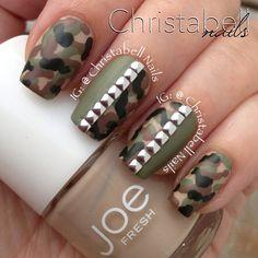 Camo Nails with Bling Camo Nail Art, Camouflage Nails, Camo Nails, Army Camouflage, Hot Nails, Hair And Nails, Stud Nails, Beautiful Nail Designs, Cute Nail Designs