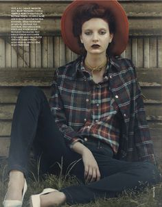 """Another Country"" in Elle France No. 3484 5th October 2012"