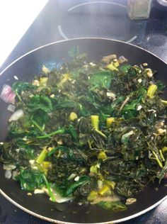 Kale = Superfood. Spinach = Superfood. Garlic = Superfood. Onions = Delicious. This dish? WIN. So much green, garlicky goodness :)