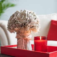 Shop the Maeva way for your best friend's wedding Glass Candle, Glass Jars, Candle Jars, Clear Glass, Home Decor Inspiration, Style Inspiration, Roll On Bottles, Luxury Candles, Floral Bouquets