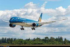 Vietnam Airlines' first 787-9 dreamliner (VN-A861) practicing touch and go's for Paris air show 2015