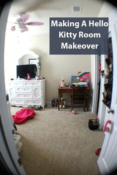 Hello Kitty Room Makeover and Decor, Shop Exclusive Hello Kitty Items including bedding, rugs, and accessories, perfectly pink bedroom! Hello Kitty Room Decor, Hello Kitty Rooms, Fun Crafts, Diy And Crafts, Crafts For Kids, How To Make Something, Old Desks, Drip Painting, Fabric Storage