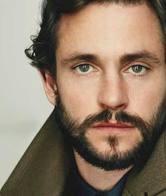 Hugh Dancy clean shaven or scruffy he's hot. Claire is a lucky girl