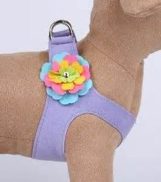 step in harness sewing pattern - Yahoo Image Search Results; All kinds of harnesses shown. Not all are patterns, but you can get ideas. Dog Crafts, Animal Crafts, Dog Clothes Patterns, Sewing Patterns, Dog Items, Dog Pattern, Animal Projects, Dog Sweaters, Dog Dresses
