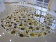 Piso de Porcelanato Liquido Epoxi ou 3D com desenho de flores