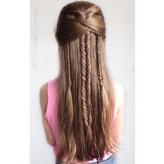 """""""Playing with Fishtail Braids"""""""